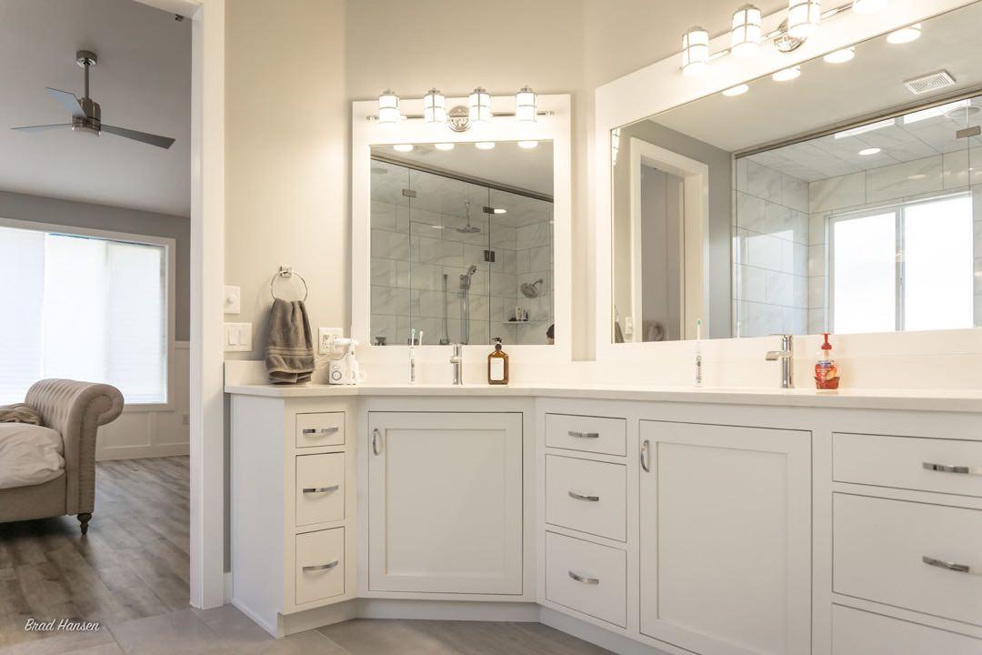 Bathroom Vanitities Master Baths Jensens Cabinets 94