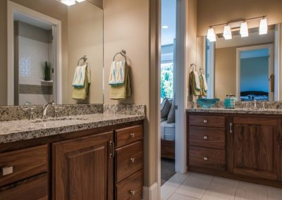 Bathroom-Vanitities-Other-Jensens-Cabinets-12