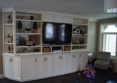Entertainment-Centers-Jensens-Cabinets-10