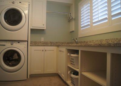 Laundry-Jensens-Cabinets-36