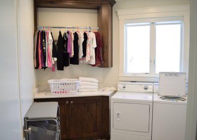 Laundry-Jensens-Cabinets-94