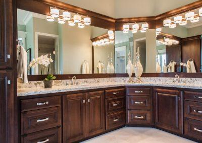 Bathroom-Master-Jensens-Cabinets-01-1080px