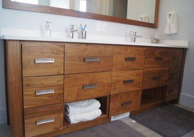 Bathroom-Master-Jensens-Cabinets-11-1080px