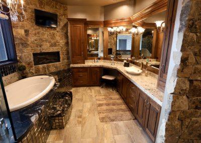 Bathroom-Master-Jensens-Cabinets-20-1080px