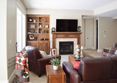 Fireplace-w-TV-Jensens-Cabinets-18-1080px
