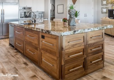 Islands-and-Bars-Jensens-Cabinets-32-1080px