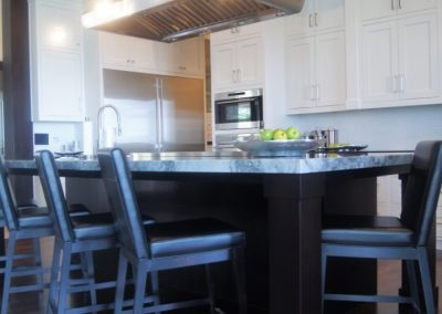 Kitchens-Painted-Jensens-Cabinets-08-1080px