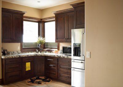 Kitchens-Wood-Finished-Jensens-Cabinets-16-1080px
