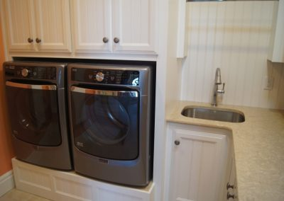 Laundry-Rooms-Jensens-Cabinets-11-1080px