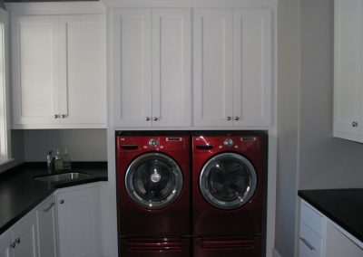 Laundry-Rooms-Jensens-Cabinets-20-1080px