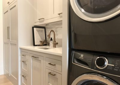 Laundry-Rooms-Jensens-Cabinets-33-1080px