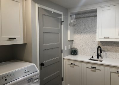 Laundry-Rooms-Jensens-Cabinets-34-1080px