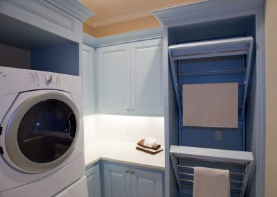 Laundry-Rooms-Jensens-Cabinets-36-1080px