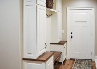 Mud-Rooms-Jensens-Cabinets-18-1080px