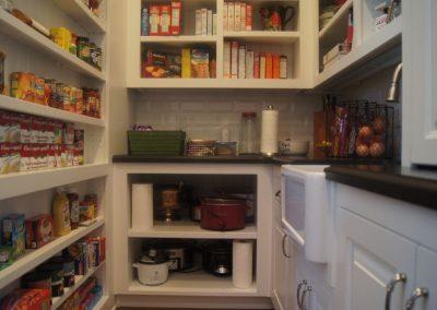 Pantry-Jensens-Cabinets-08-1080px